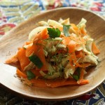 Lunchbox salad with chicken, carrot and fennel.