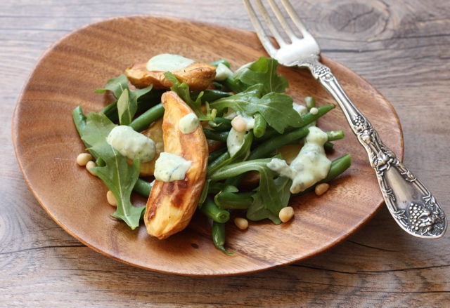 roasted potato and green bean salad recipe | writes4food.com