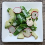 perfect spring salad with peas, radishes and mint | writes4food.com