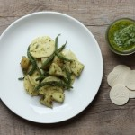 easy pasta recipe with potatoes and pesto | writes4food.com