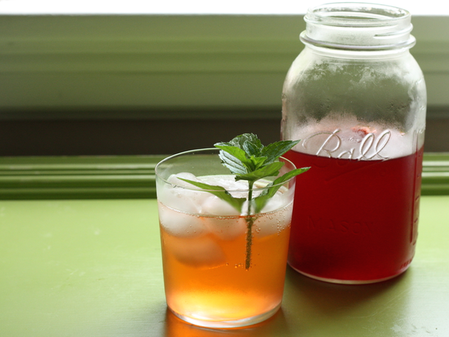 strawberry vinegar shrub