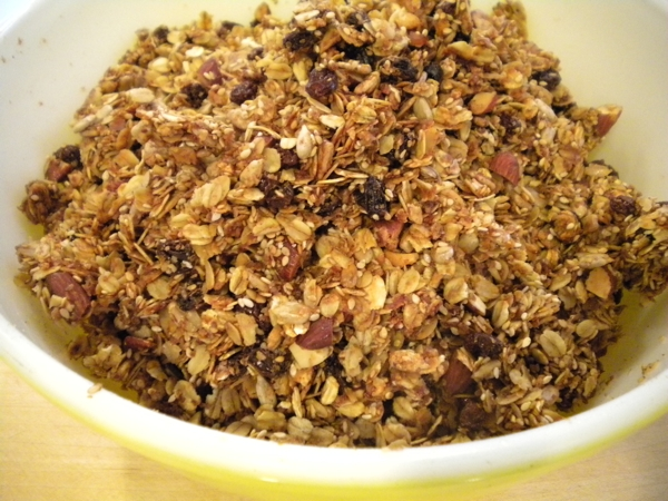 old-fashioned homemade granola | writes4food.com
