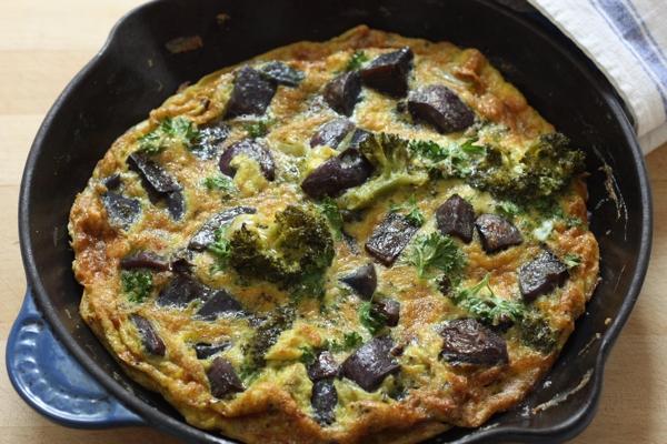 beautiful vegetable frittata recipe | writes4food.com