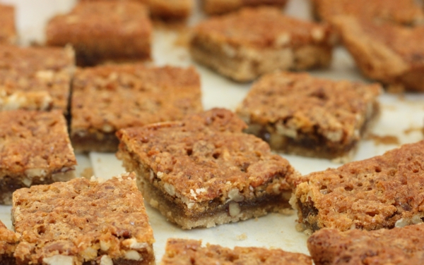 Pecan Pie Cookie Bars #writes4food