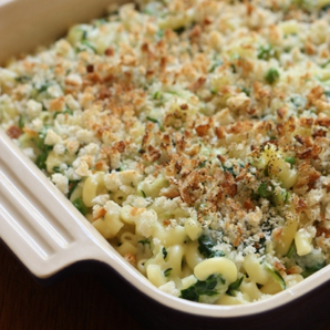 macaroni and cheese with vegetables #writes4food