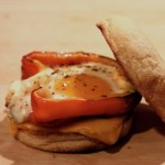 Grilled red bell pepper and egg sandwich.