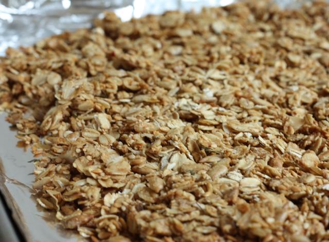 savory granola recipe   writes4food.com