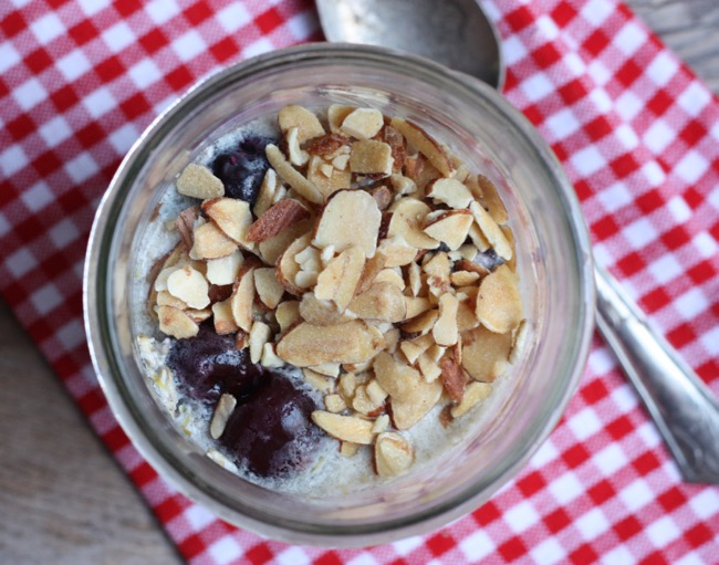 cherry almond overnight oatmeal in a jar recipe | writes4food.com