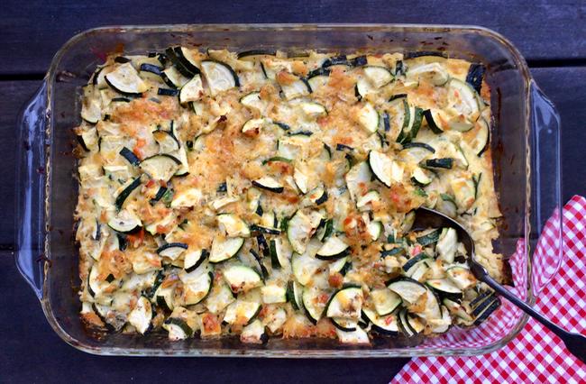 easy zucchini cheddar casserole recipe | writes4food.com